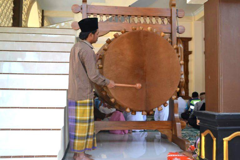 Kyai Sholeh Bahruddin, Imam Sholat Jumat Perdana